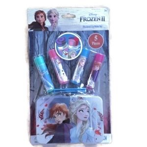 Disney Frozen 2 Lip Balm Set With Tin